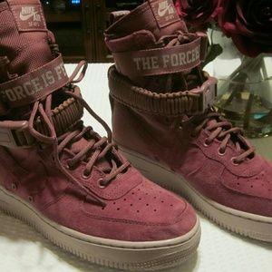 Nike Air SF AF1 The Force is Female - NWOT